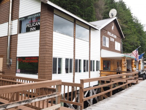 Pelican Inn for Fishing and Gormet Pizza by Vicky